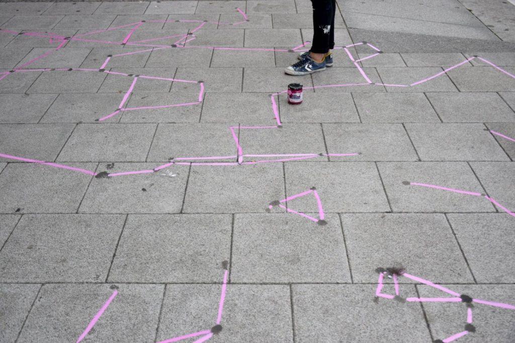 A Coruña- el rastro involuntario-chicles